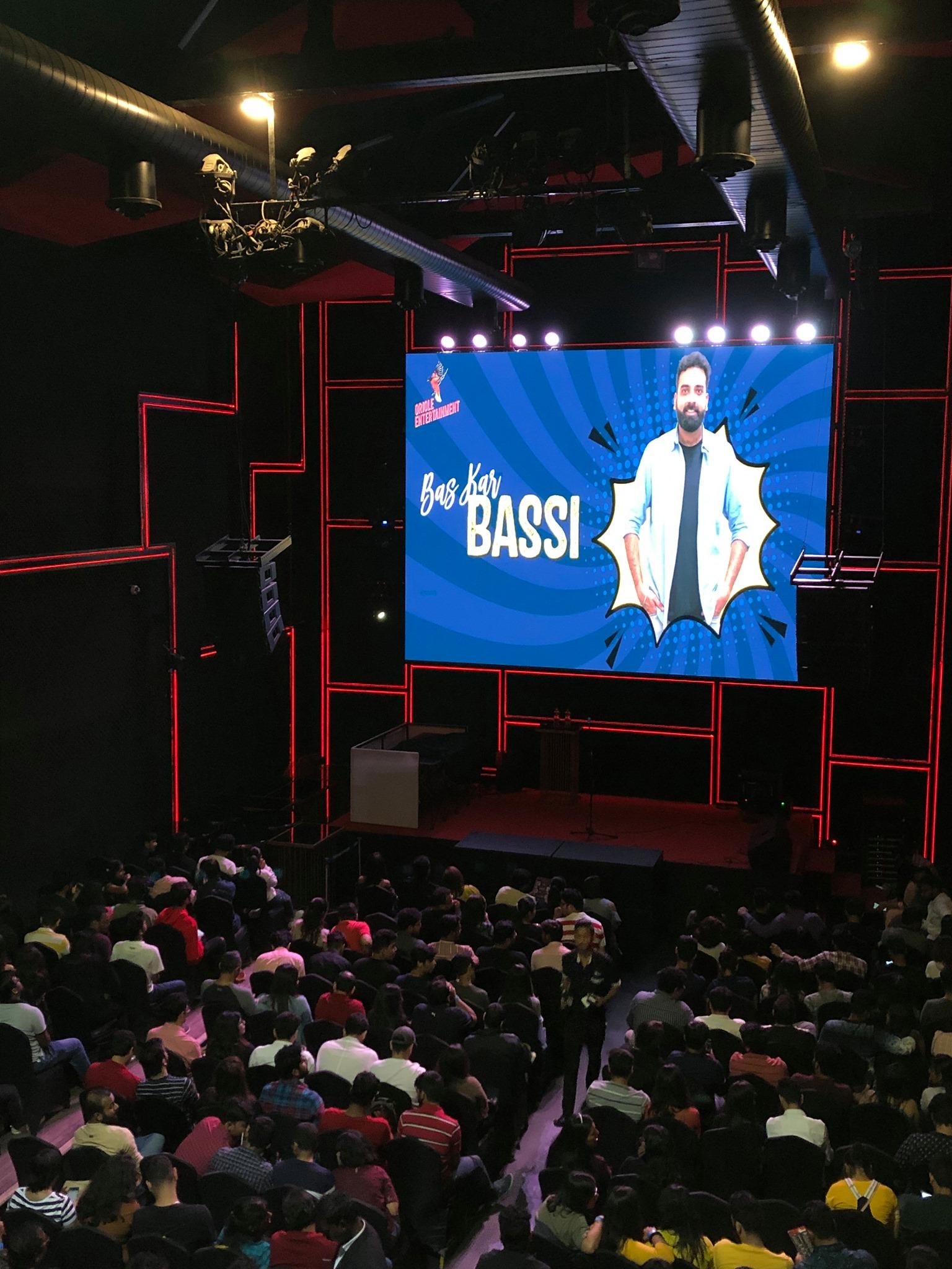 Bass Kar Bassi: Humour Sapiens